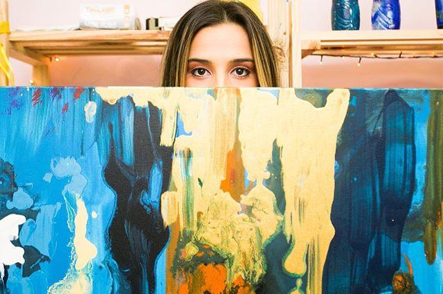 ⚡️ TRUST YOUR PROCESS ⚡️ // •Ph: @natalihernandes.fotografia • • • _______________________________________________________  #art #expressionism #abstractart #contemporarypainting #artecontemporanea #artsy #coloring #cor #brazilianart #juliastecca #juliasteccaart