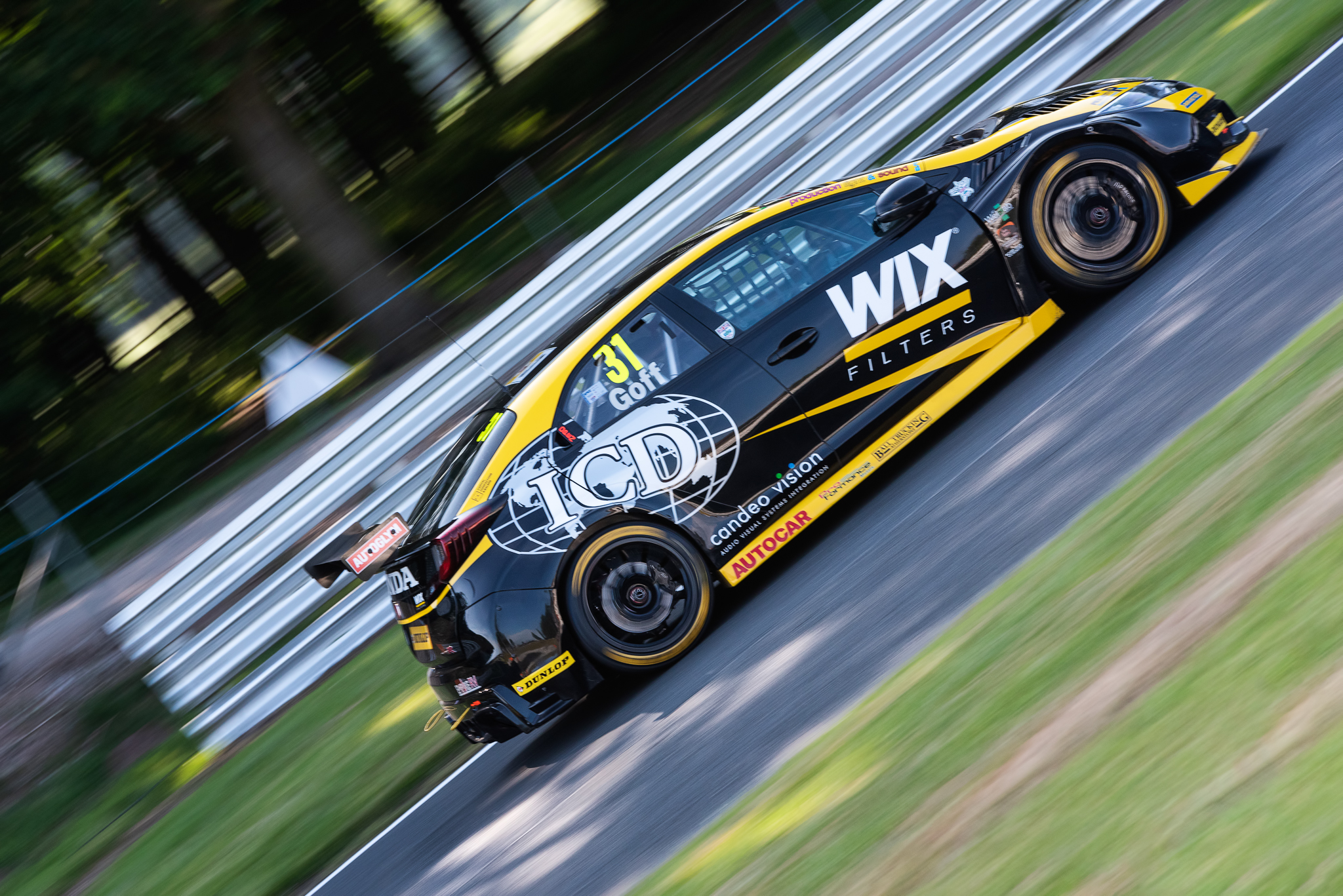 Oulton Park BTCC Racing June 2018 (323 of 340)-Edit.jpg