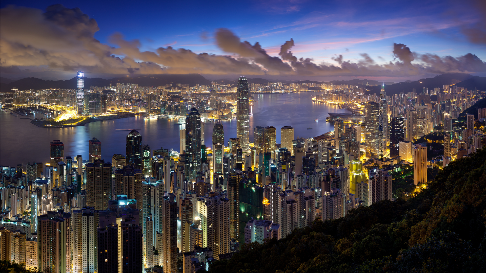 city_hong_kong_night_clouds_lights_58330_1920x1080.jpg