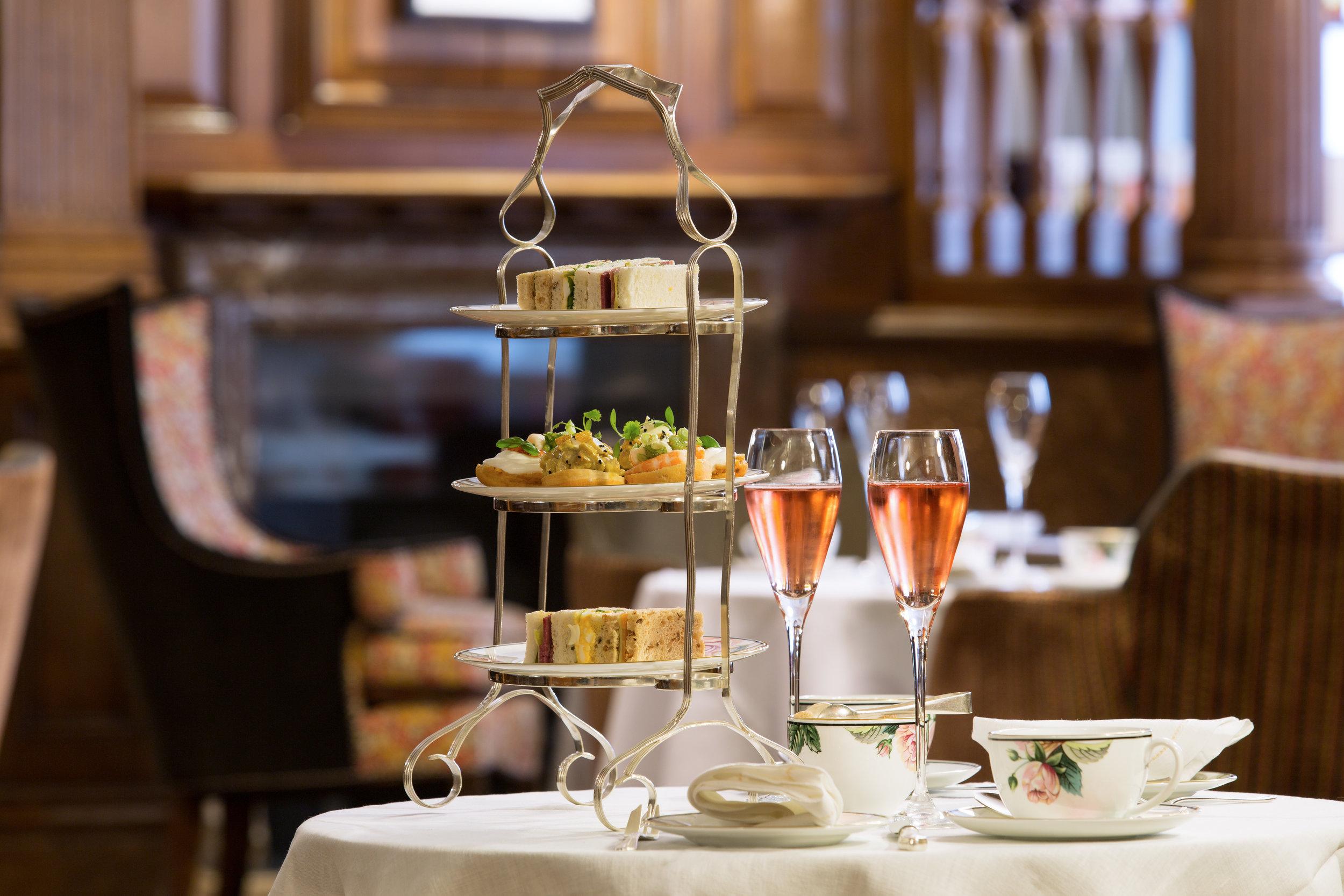7 The Engilsh Tea Room at Brown's Hotel 6432 JG Oct 16.jpg