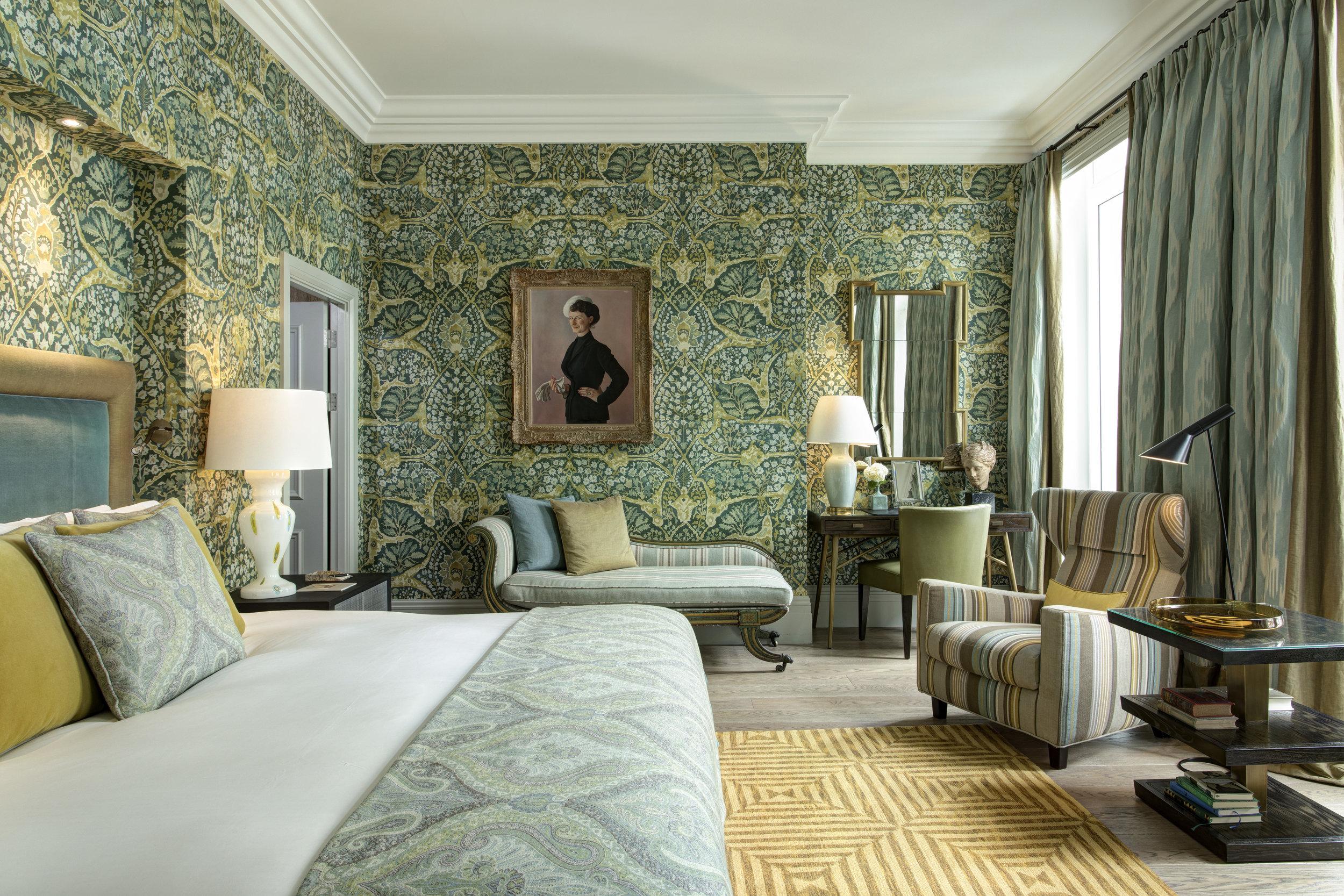 16 RFH Brown's Hotel - Kipling Suite 5960 Jul 17.JPG