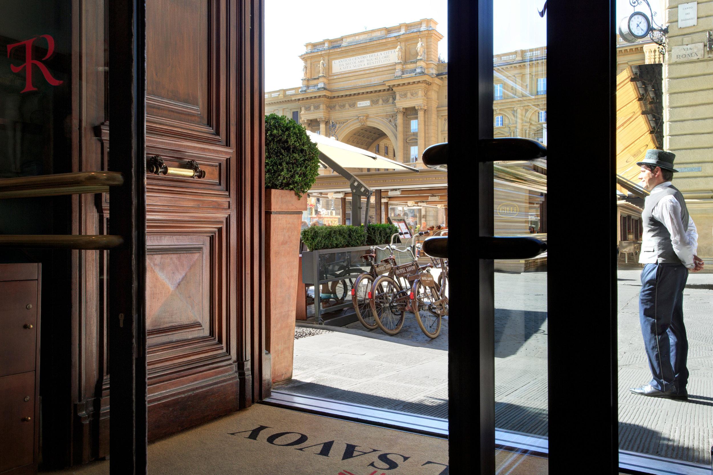 9 RFH Hotel Savoy - Entrance Detail 3345R JG Oct 16.JPG