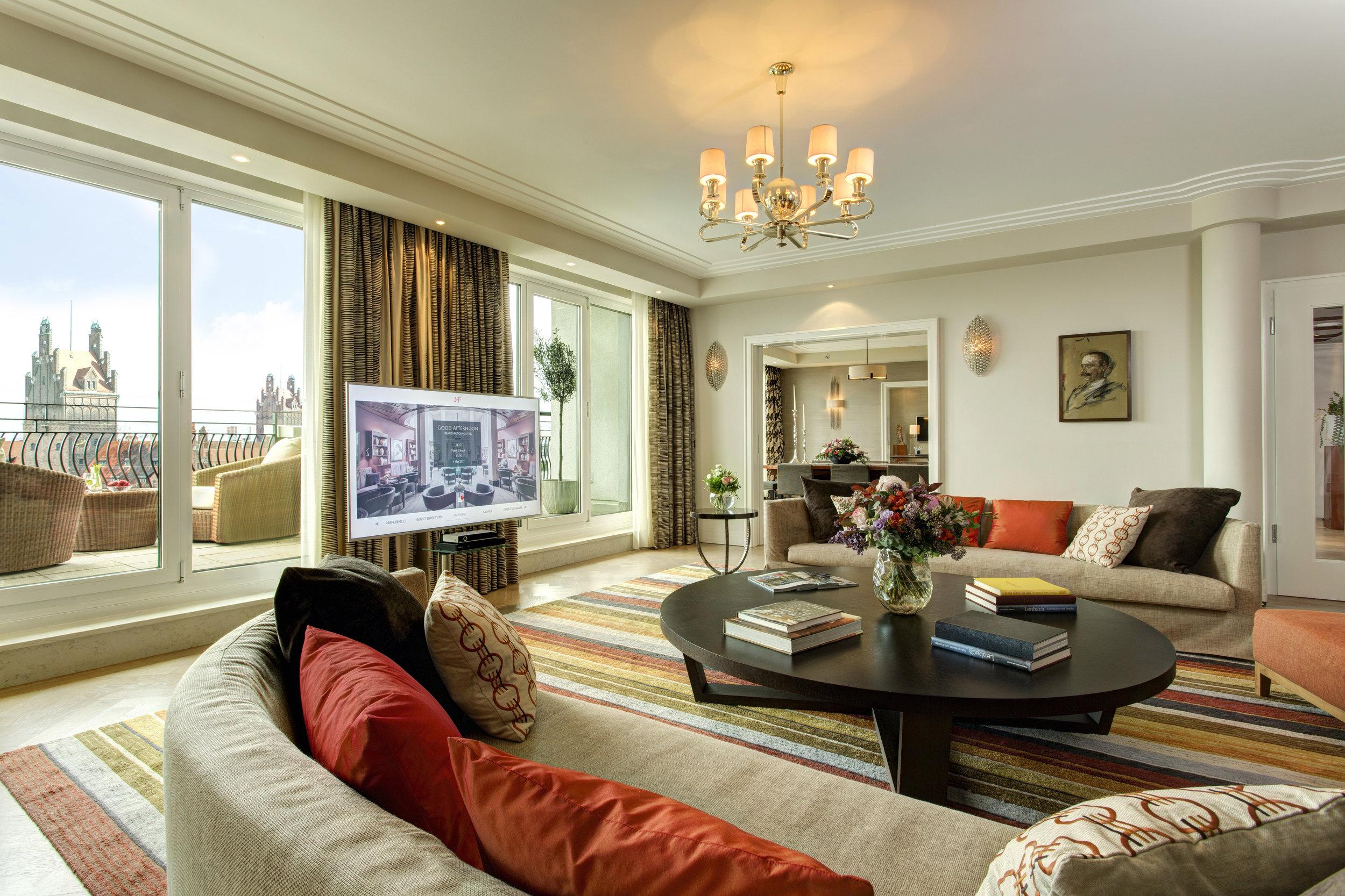 2 RFH The Charles Hotel - Monforte Suite 6819 JG May 17.JPG