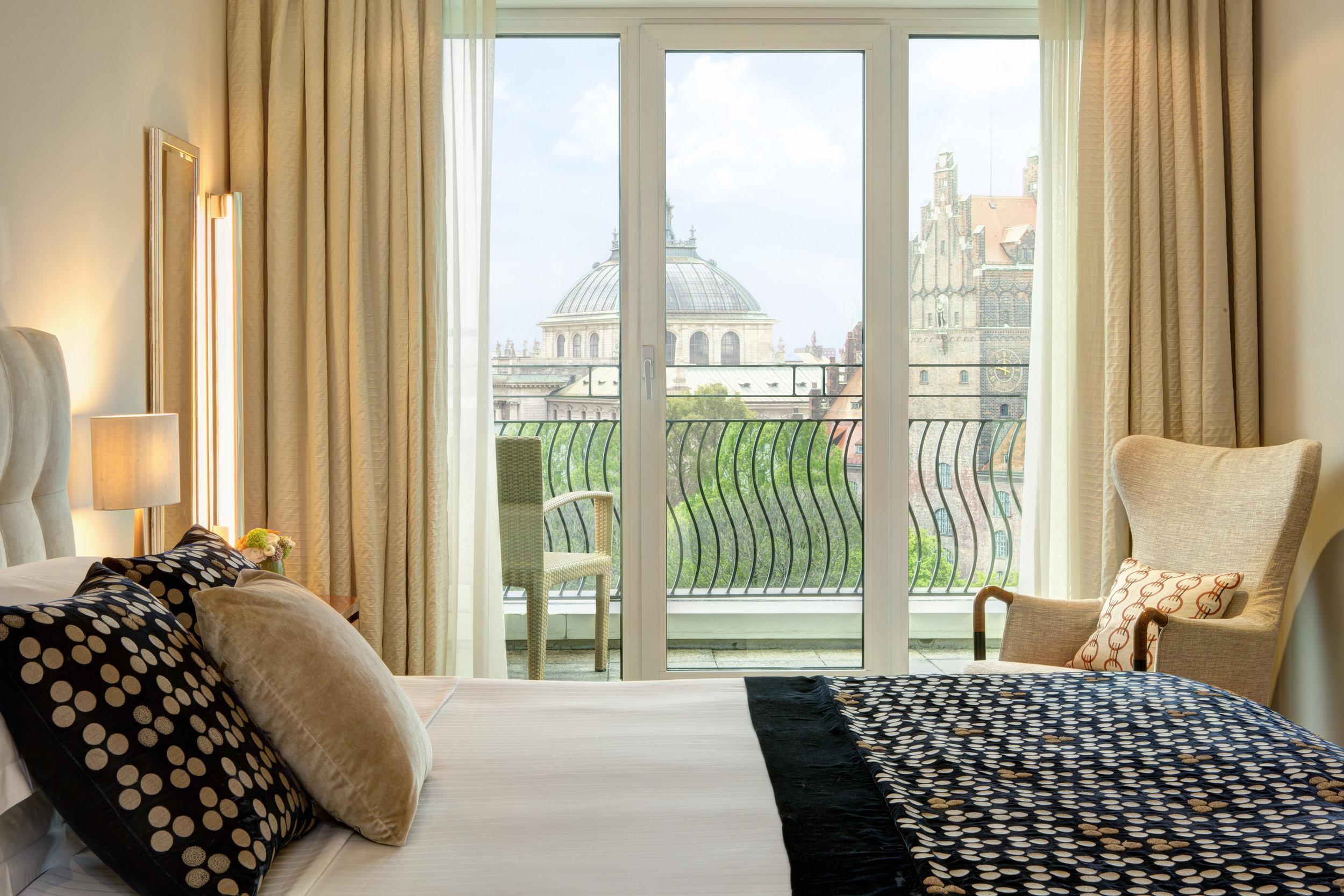 13 RFH The Charles Hotel - Monforte Suite 6948 JG May 17.JPG