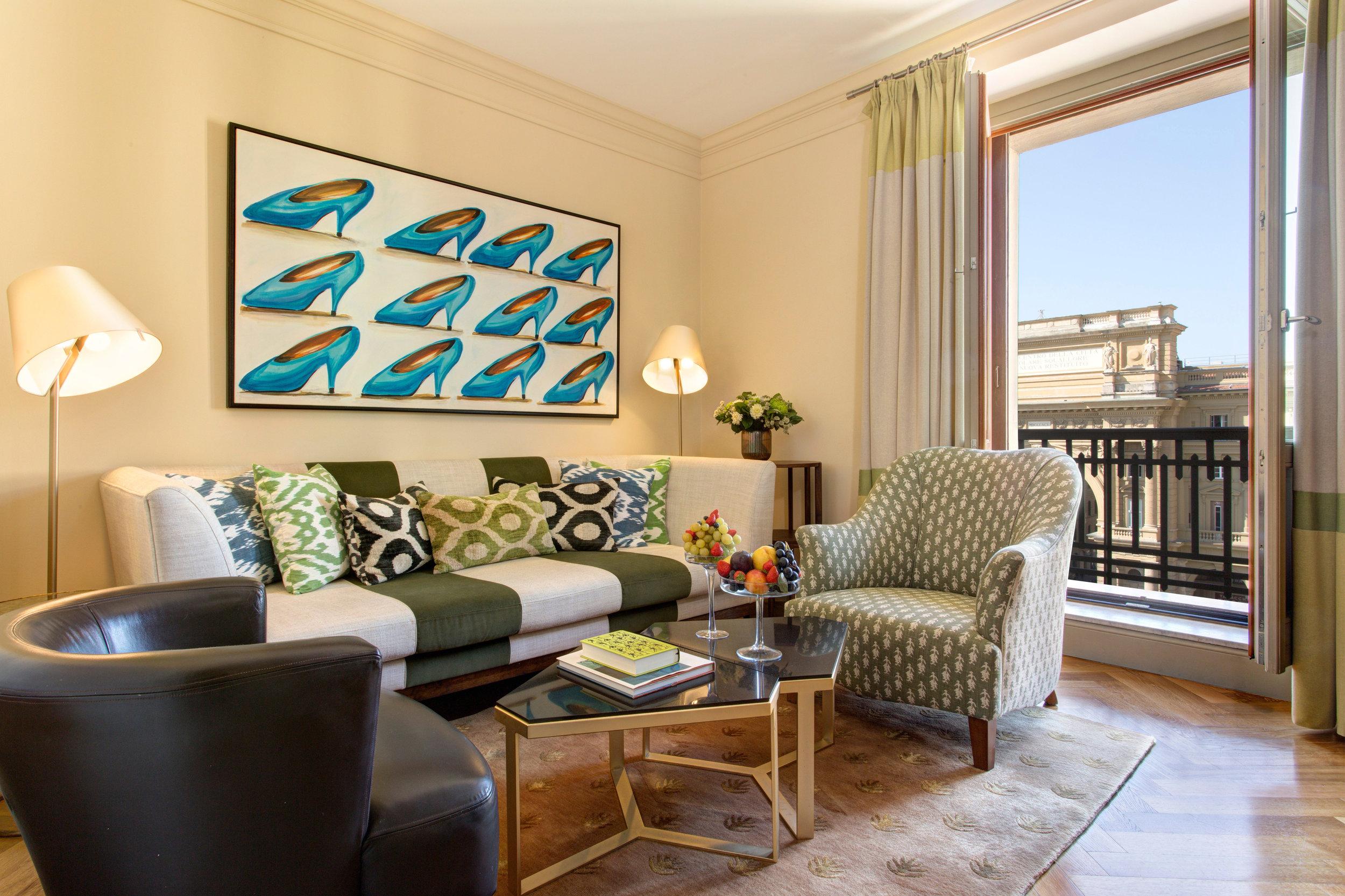 1 RFH Hotel Savoy - Executive Suite 409 3776 JG Oct 16.JPG