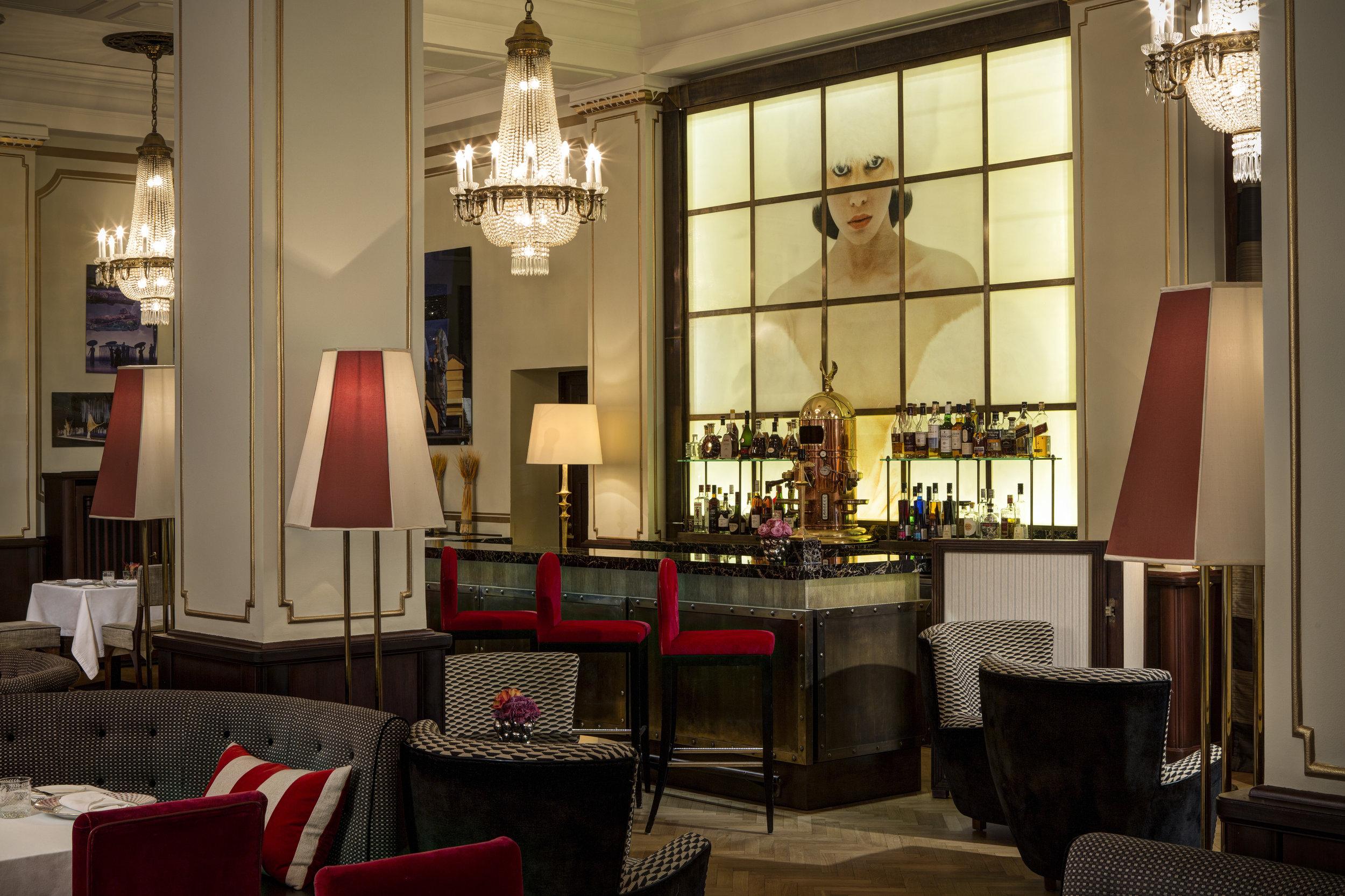 2 RFH Hotel Astoria - Astoria Cafe 7553.JPG