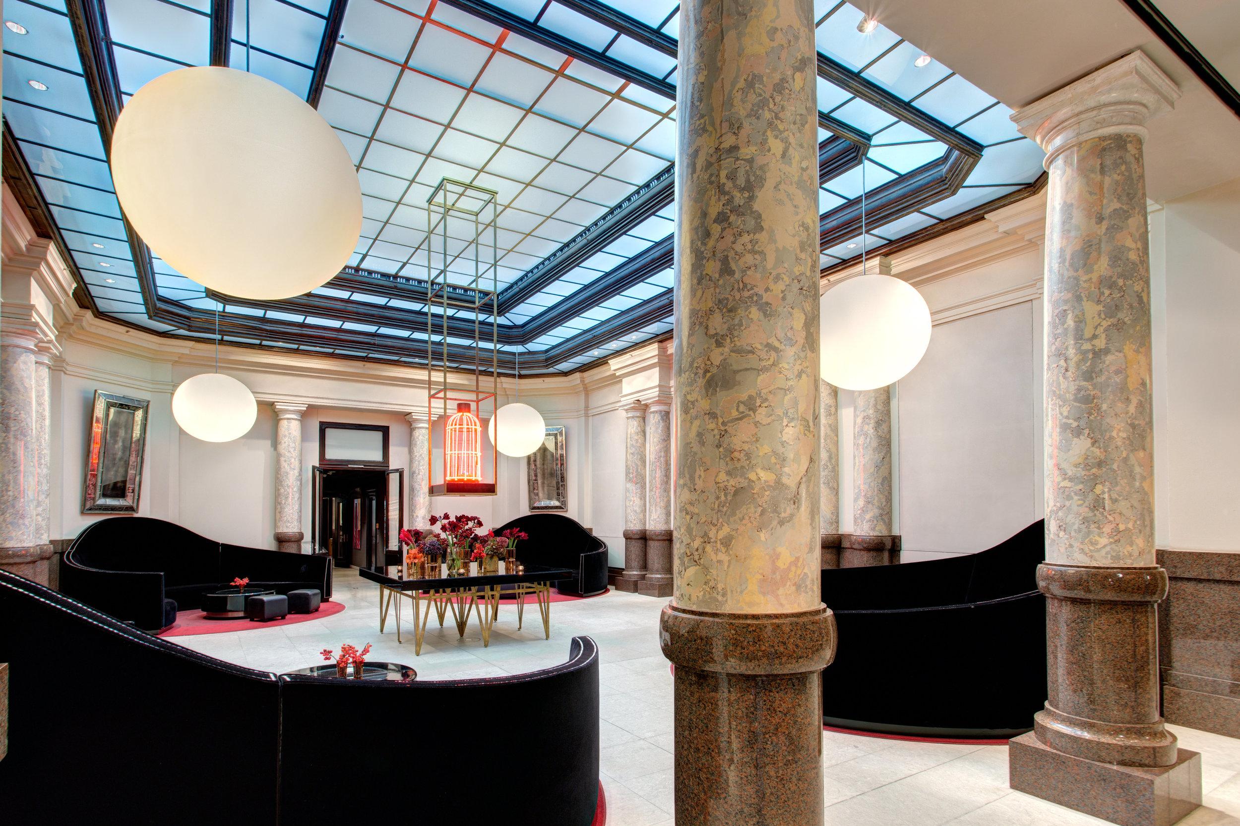 3 RFH Hotel de Rome - Lobby.jpg