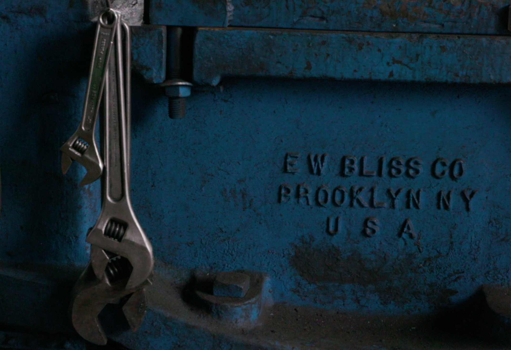 P53 Authentic American Irons Image 11.png