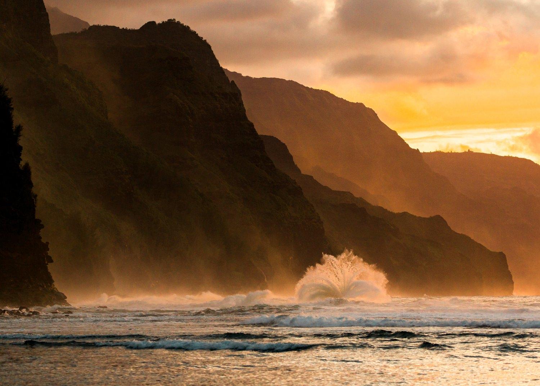 kee-beach-kauai-sunset-wave-travel-photographer.jpg