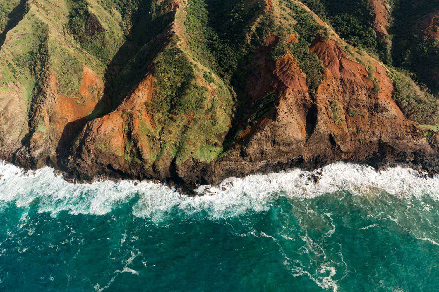 cameron-zegers-travel-photographer-seattle-kauai-helicopter.jpg