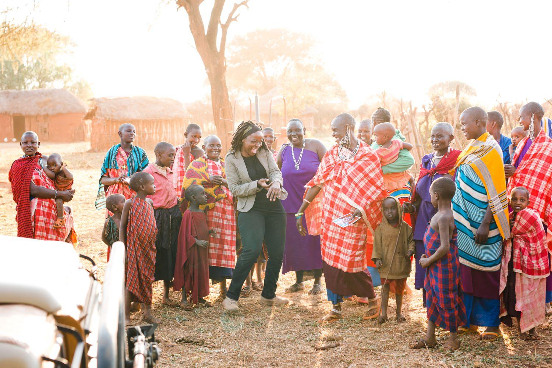 cameron-zegers-travel-photographer-tanzania-women.jpg