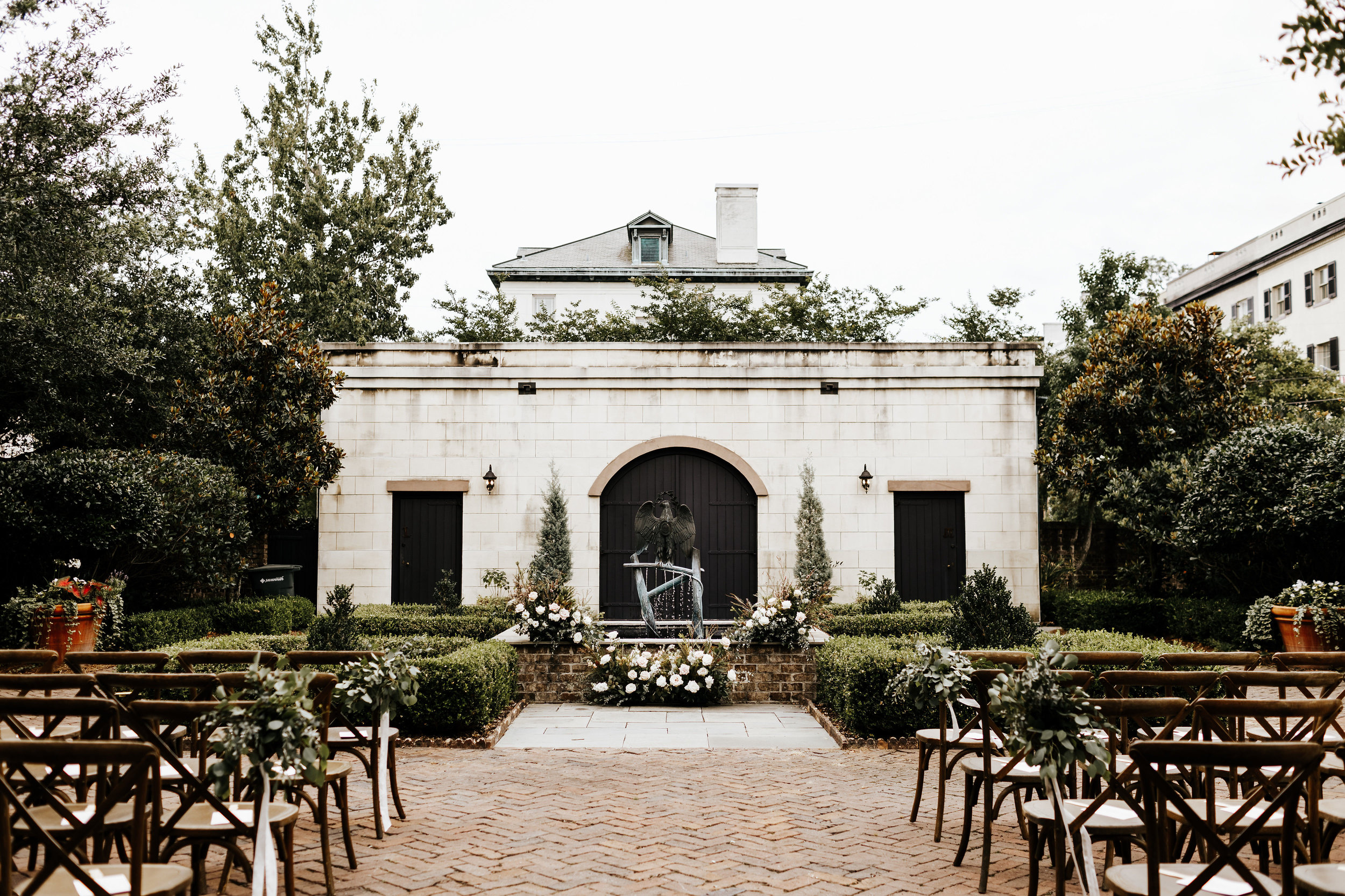 Liz_Cody_Wedding_Harper__Fowlkes_House_Soho_South_Cafe_Savannah_Georgia_Photography_by_V_292.jpg