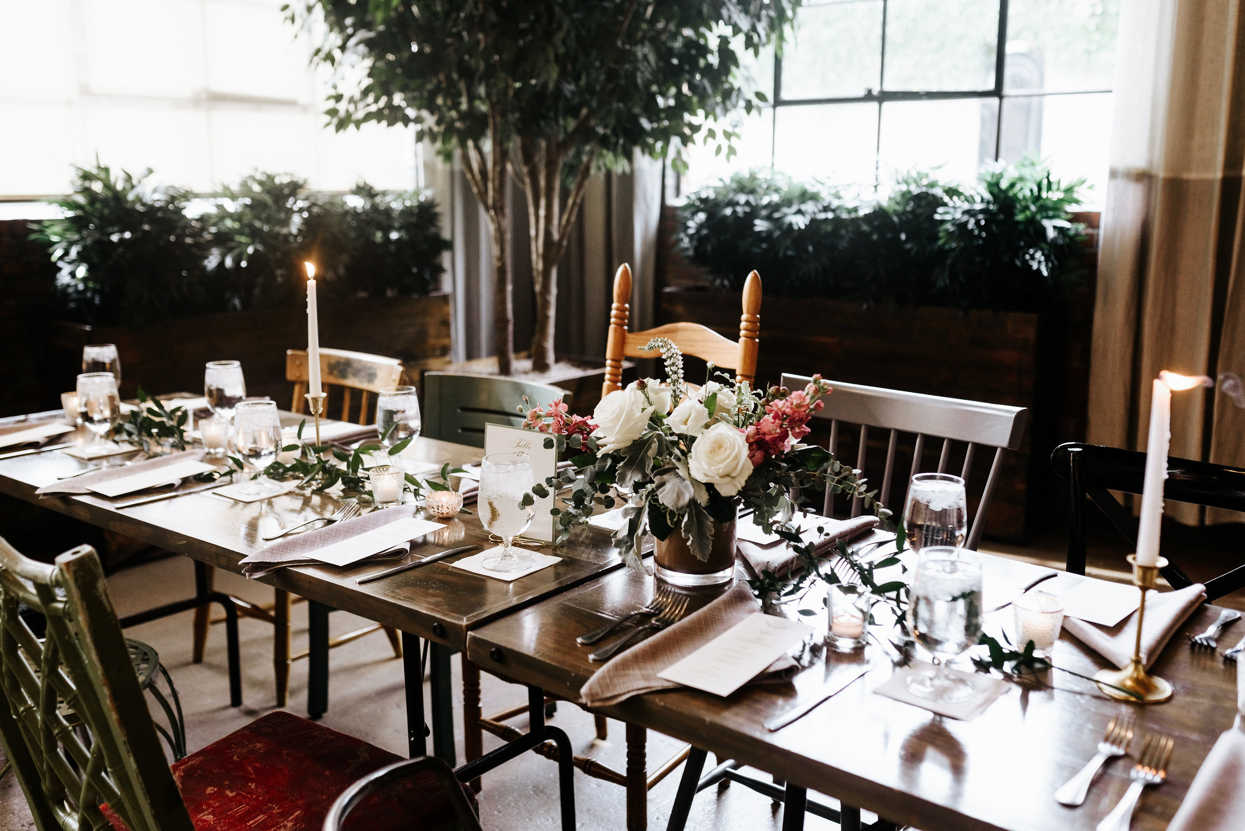 Liz_Cody_Wedding_Harper__Fowlkes_House_Soho_South_Cafe_Savannah_Georgia_Photography_by_V_1009.jpg