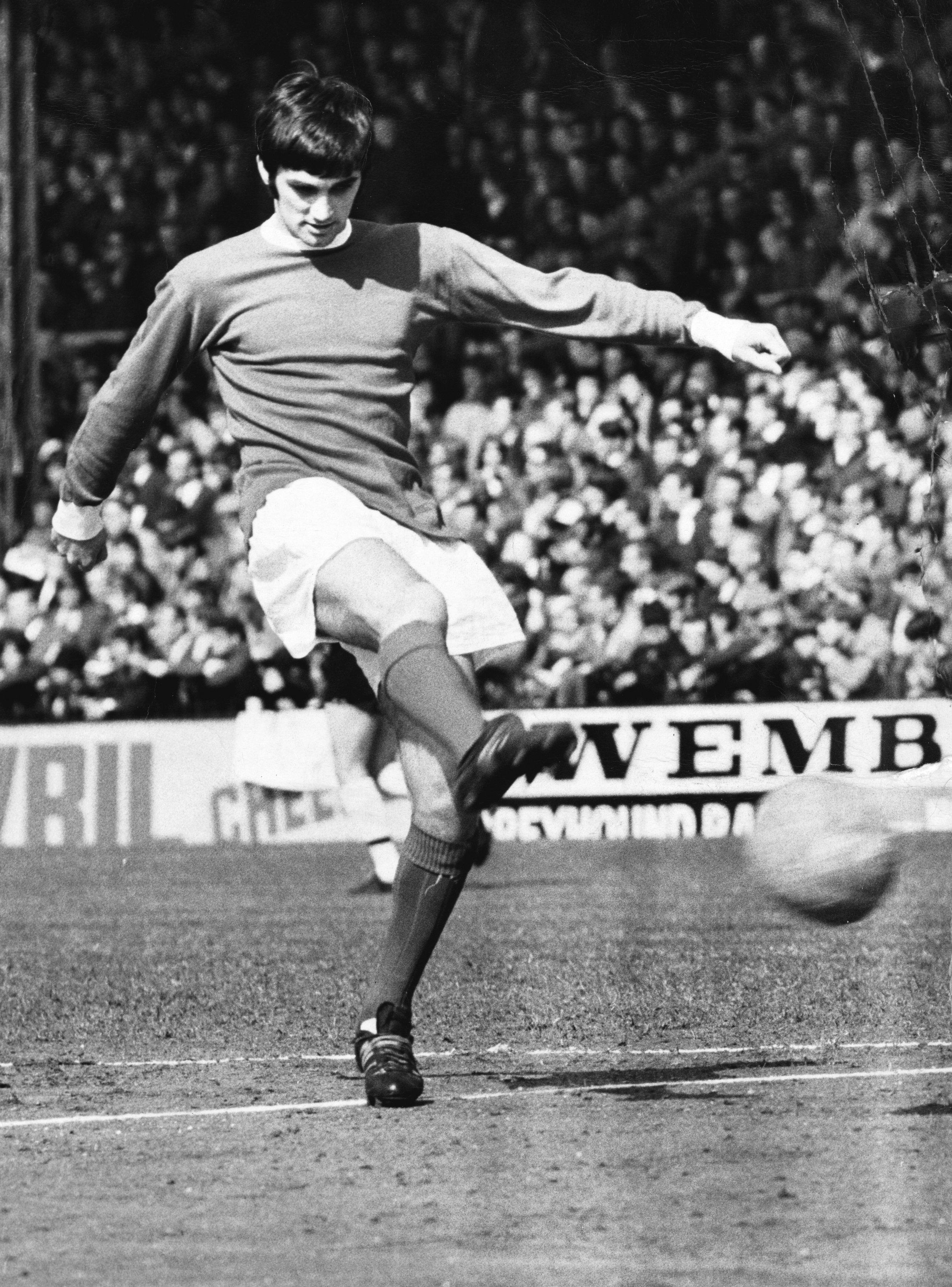 George Best - Manchester Utd's Star forward.  Photo by © Hulton-Deutsch Collection/CORBIS/Corbis via Getty Images.