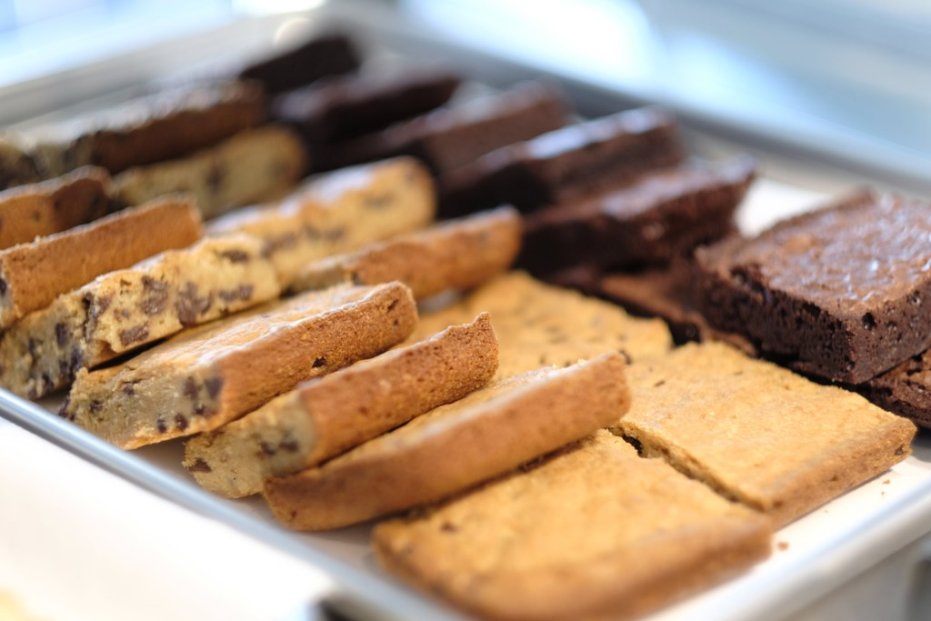 Exquisite Brownie Trays - 2 DOZEN MIX N' MATCH BROWNIES - $20.00Start your next event or social gathering with the savory delights of Sweets & Cream brownies. Choose from our fudge or blonde selections -- or mix and match any way you want.