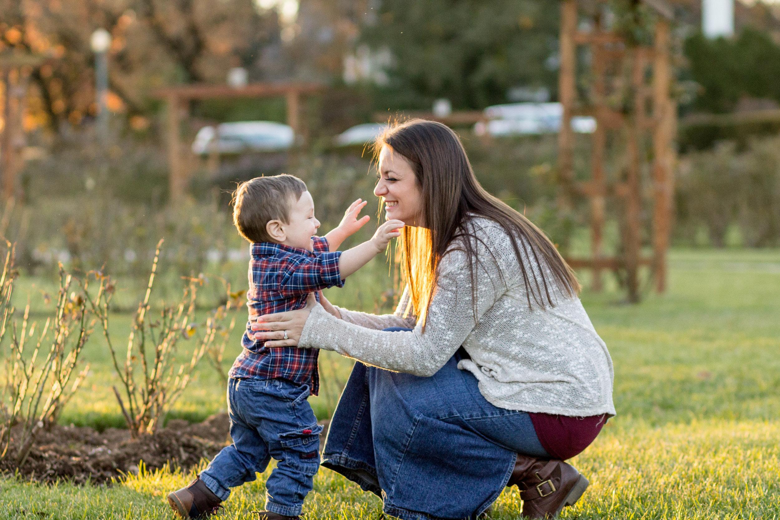 Allentown-rose-garden-lytle-photo-co-family-session (26).jpg