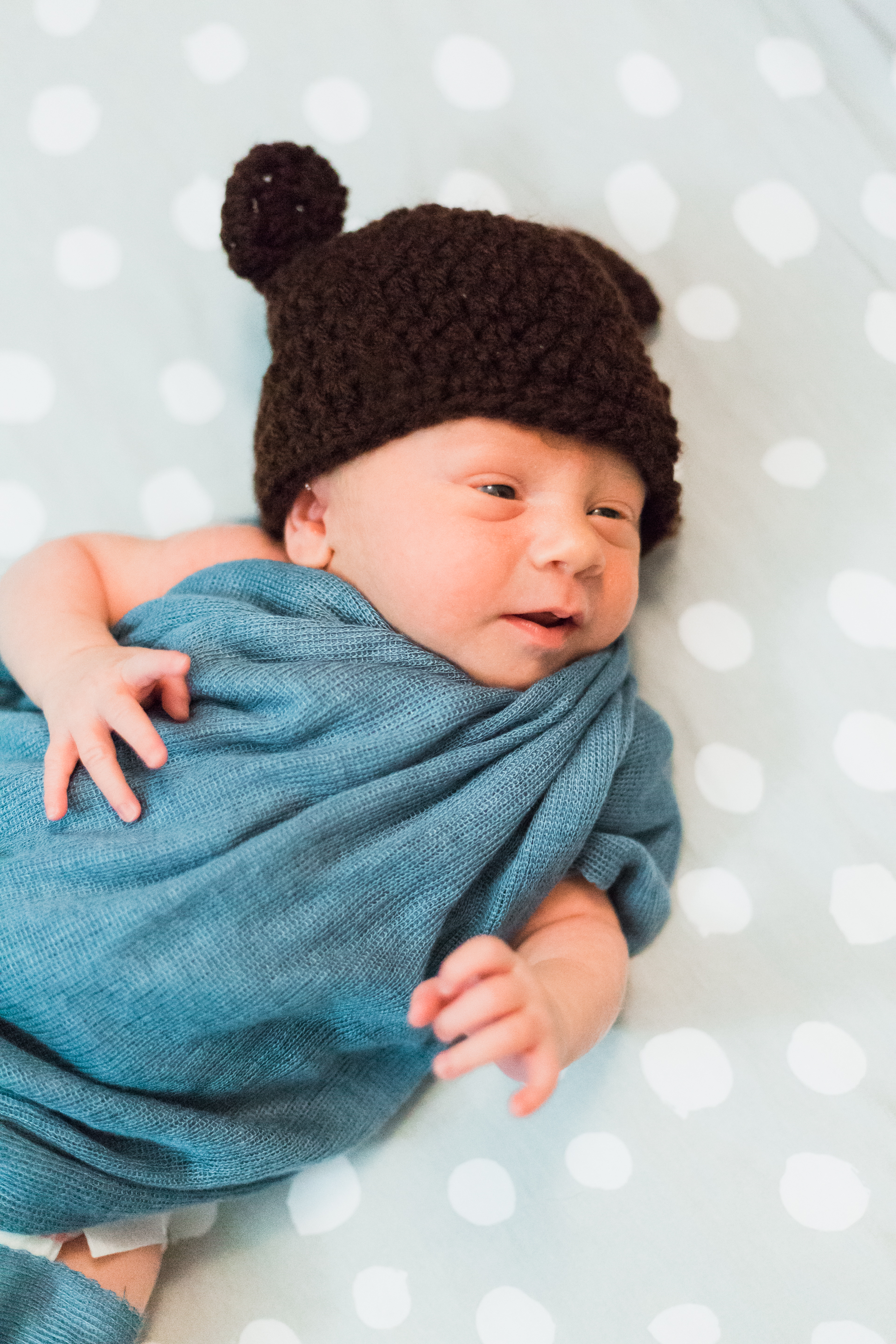 Cozy in home newborn lifestyle session baby boy lytle photo co (57 of 63).jpg