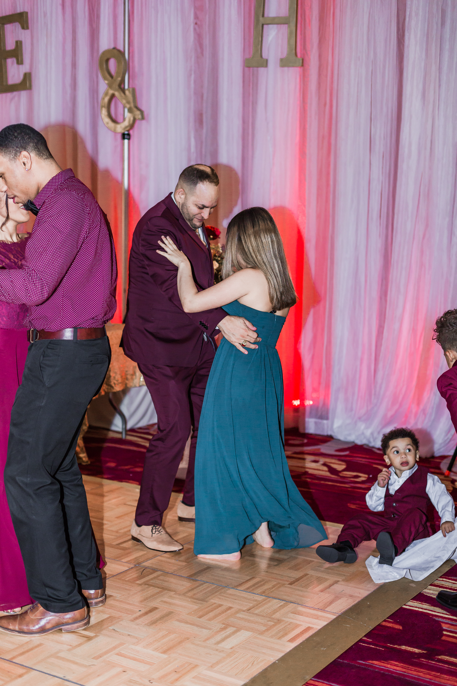 Crowne Plaza Hotel Reading Pennsylvania burgandy and gold  Wedding Lytle Photo Co (6 of 7).jpg