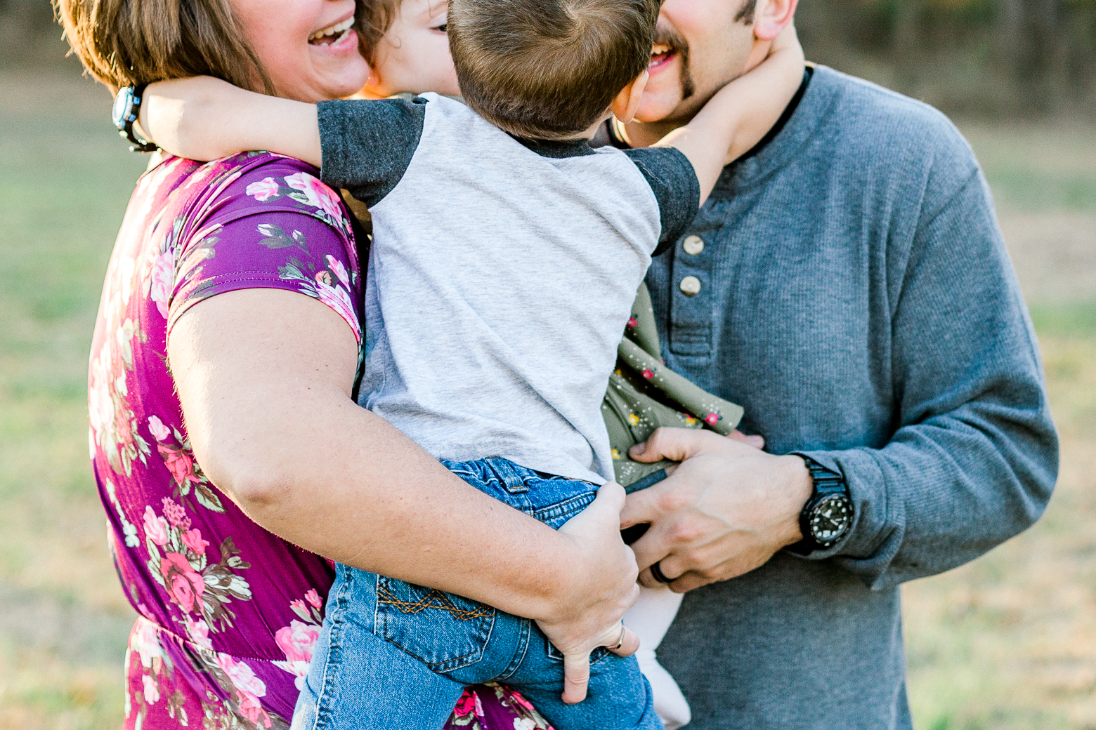 kentucky Fall Family of four family session wedding and lifestyle photographer Lytle Photo Co (25 of 78).jpg