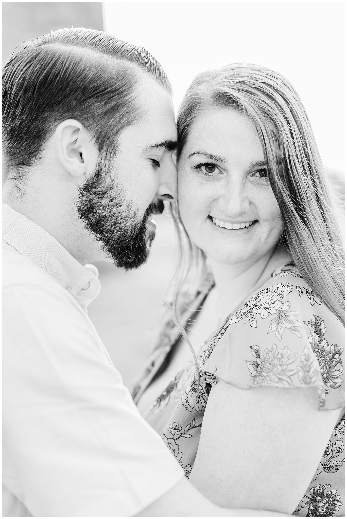 Manor house at prophecy Creek Blue Bell PA wedding venue summertime field engagement session lehigh valley based wedding and lifestyle photographe_0006.jpg
