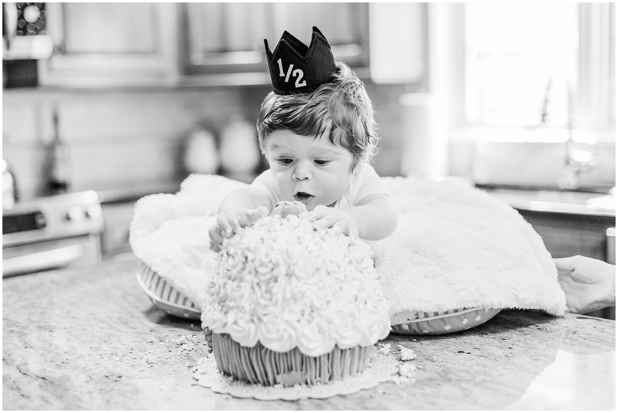 blue bell pa 6 month milestone session by lehigh valley based wedding and lifestyle photographer lytle photography (15).jpg