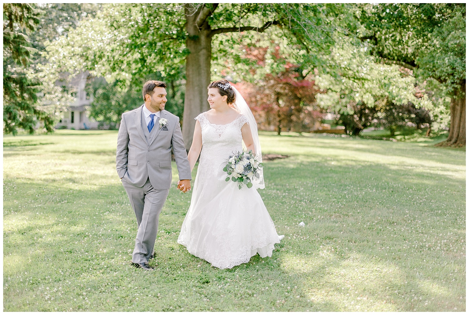 Navy and gold inspired june summer lehigh valley wedding by Pennsylvania based wedding and lifestyle photographer lytle photographer_0047.jpg
