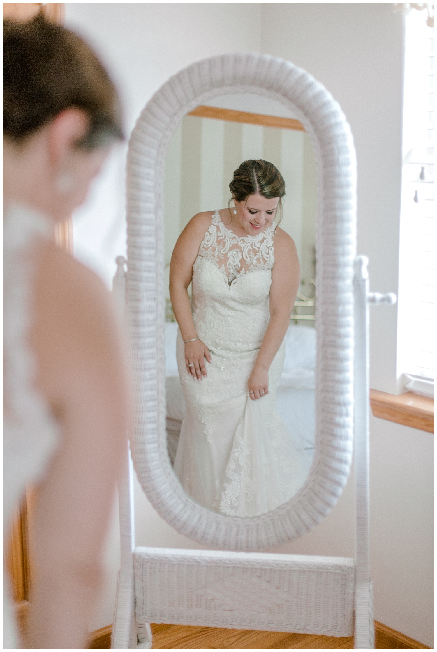 Navy and Blush pink inspired summertime whitewoods wedding in Northeastern Pennsylvania NEPA wapwallopen wedding venue by  PA based wedding and lifestyle photographer Lytle photography_0012.jpg