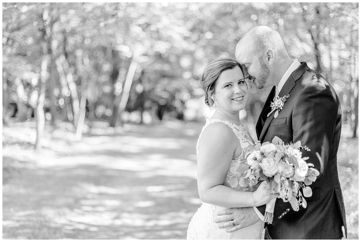 Navy and Blush pink inspired summertime whitewoods wedding in Northeastern Pennsylvania NEPA wapwallopen wedding venue by  PA based wedding and lifestyle photographer Lytle photography_0036.jpg