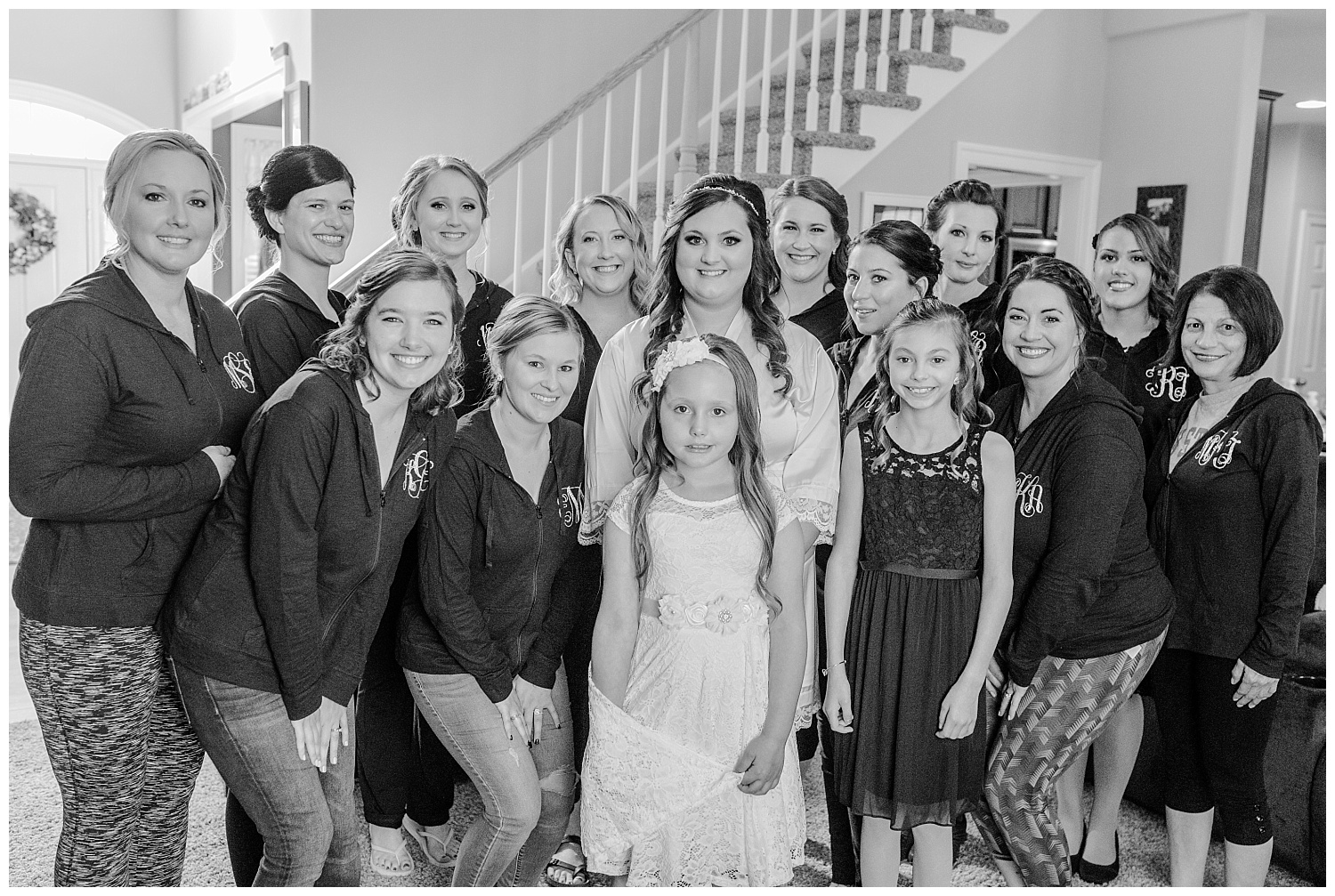 A Black and Gold Catholic Church Wedding in Wilkes Barre Pennsylvania by lehigh valley pennsylvania based wedding and lifestyle photographer Jeannie Lytle of Lytle Photography   Company (9).jpg