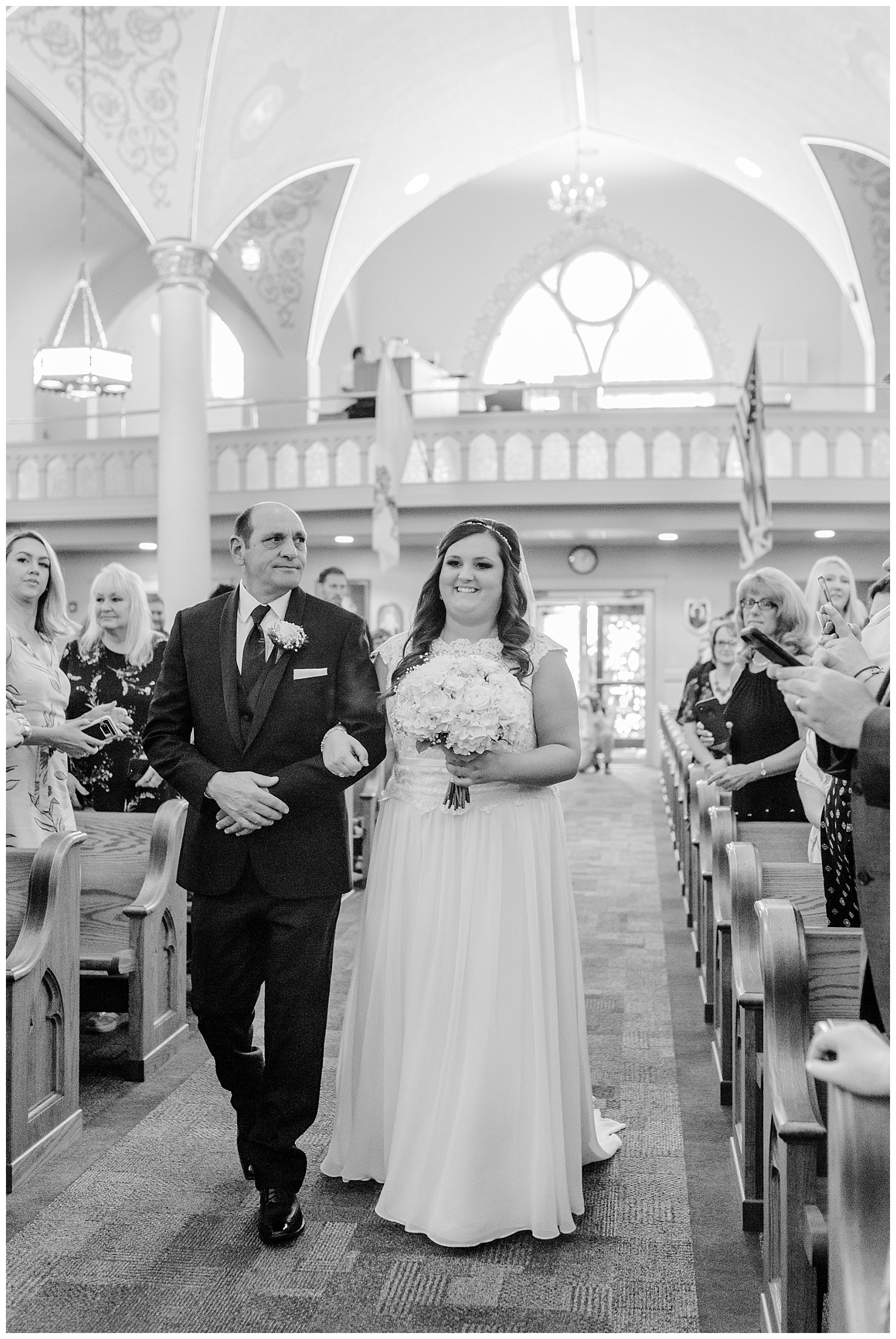 A Black and Gold Catholic Church Wedding in Wilkes Barre Pennsylvania by lehigh valley pennsylvania based wedding and lifestyle photographer Jeannie Lytle of Lytle Photography   Company (14).jpg
