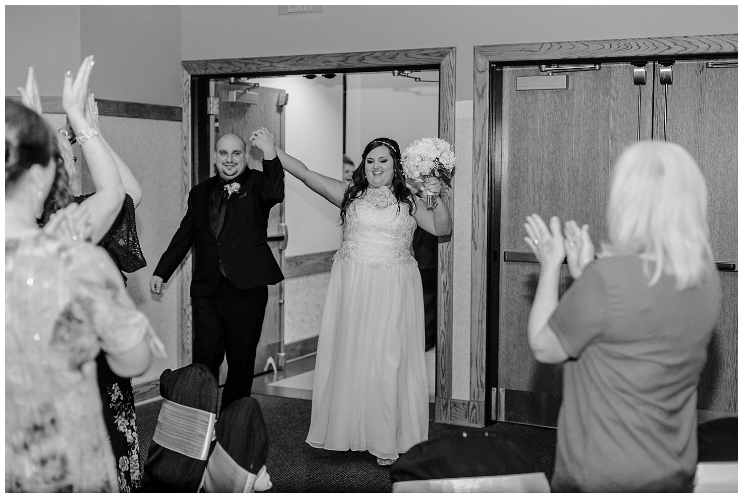 A Black and Gold Catholic Church Wedding in Wilkes Barre Pennsylvania by lehigh valley pennsylvania based wedding and lifestyle photographer Jeannie Lytle of Lytle Photography   Company (45).jpg