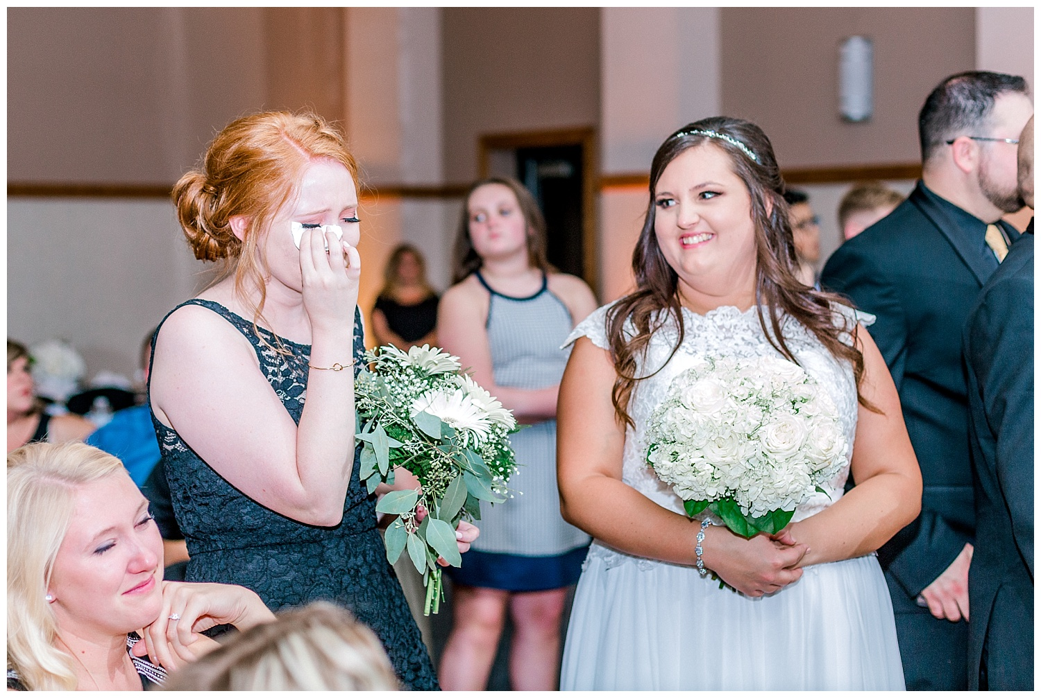 A Black and Gold Catholic Church Wedding in Wilkes Barre Pennsylvania by lehigh valley pennsylvania based wedding and lifestyle photographer Jeannie Lytle of Lytle Photography   Company (48).jpg