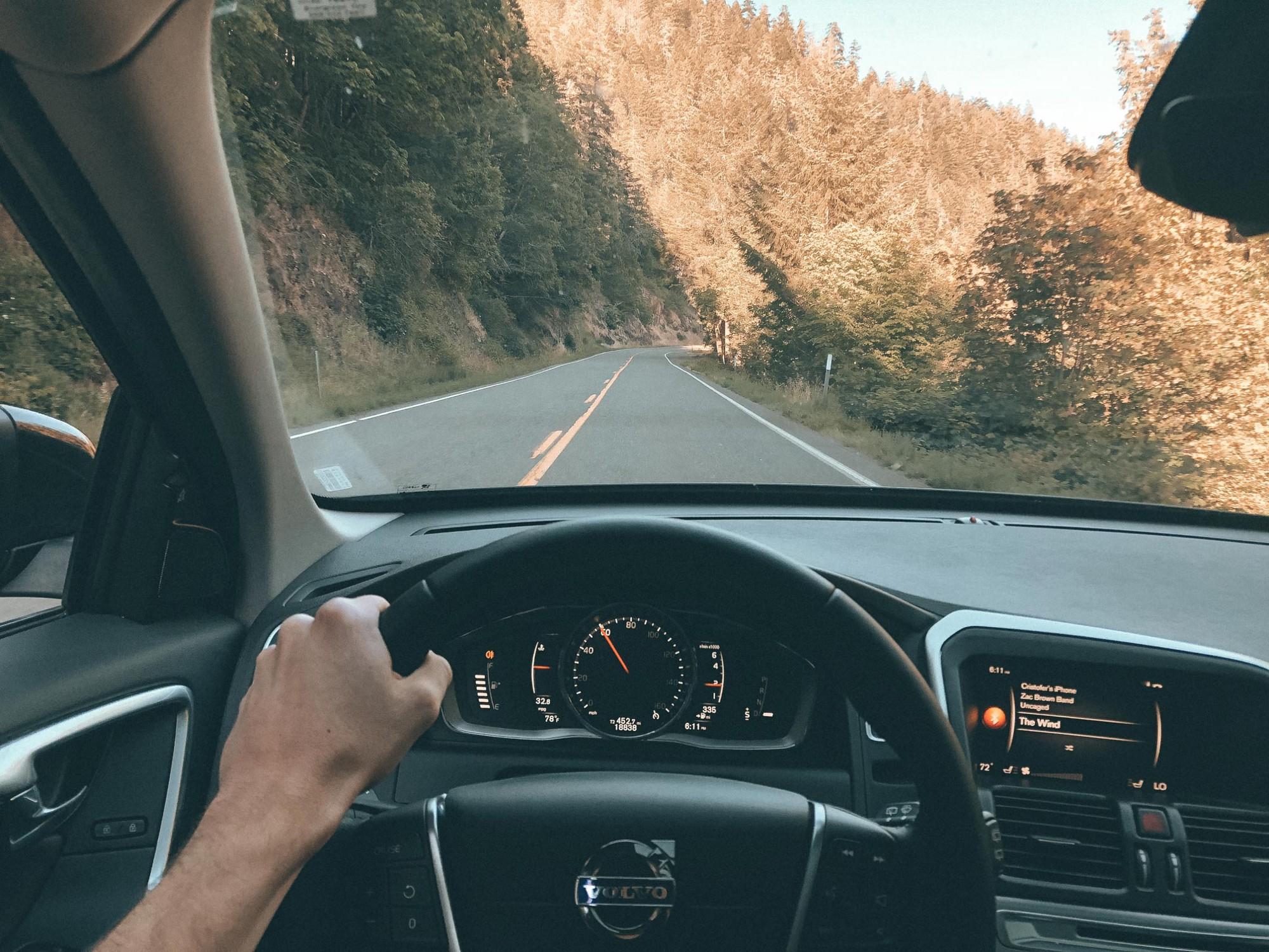 cristofer_jeschke_volvo_driving.jpg
