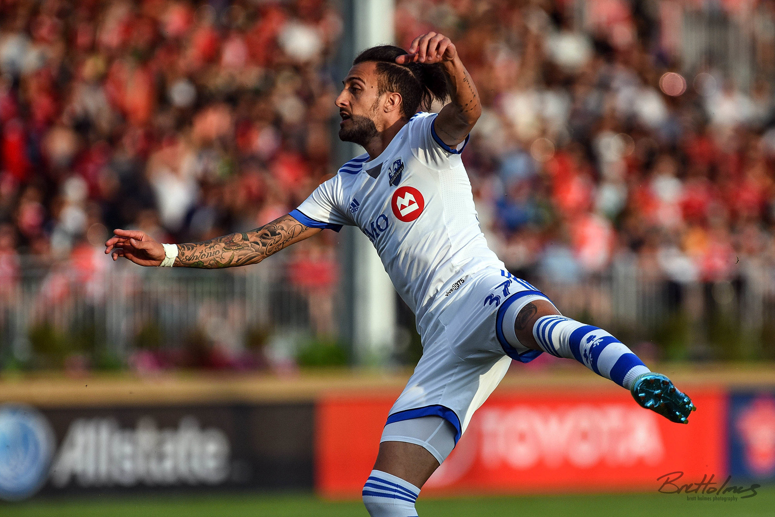CALGARY, AB - AUGUST 14: Montreal Impact forward Maximiliano Urruti (37) attempts a shot on net during the first half of the second leg of a Canadian Championship semifinal match between the Montreal Impact and Cavalry FC on August 14, 2019, at ATCO Field at Spruce Meadows in Calgary, AB. (Photo by Brett Holmes/Icon Sportswire)