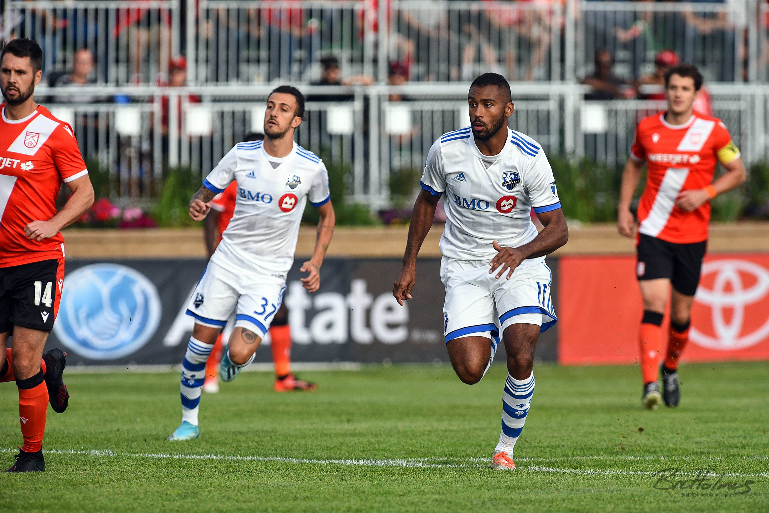 CALGARY, AB - AUGUST 14: Montreal Impact forward Anthony Jackson-Hamel (11) and Montreal Impact forward Maximiliano Urruti (37) run during the first half of the second leg of a Canadian Championship semifinal match between the Montreal Impact and Cavalry FC on August 14, 2019, at ATCO Field at Spruce Meadows in Calgary, AB. (Photo by Brett Holmes/Icon Sportswire)