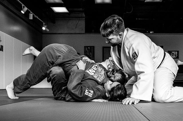 This cycle, our advanced students are learning the Fallon Roll, named after the late British World Judo Champion, Craig Fallon. Make sure to say thank you to those that inspire you to grow.