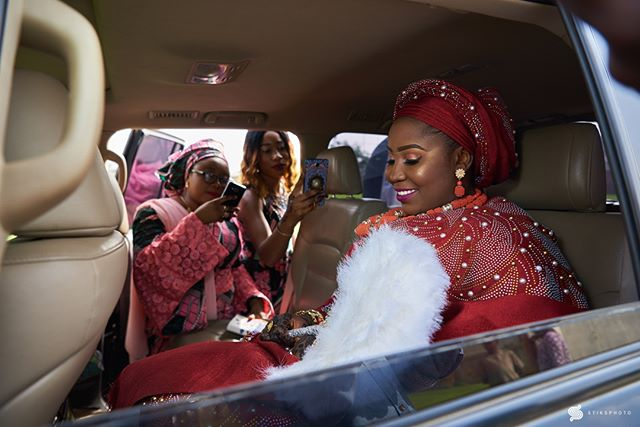 ・・・ Wedding Moments  Team: @gregpeter1  @festyproduction •••• • #wedding #weddingphotographer #weddingportrait #bridesmaids  #bride #bridalportrait #nigerianwedding #portraitpage  #naijaweddings #stiksphoto