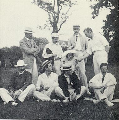 arthur-conan-doyle-cricket-team[1].png