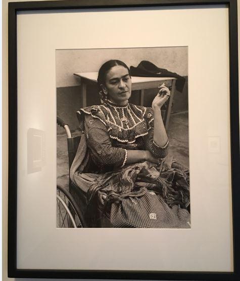 frida kahlo femme art mexicain