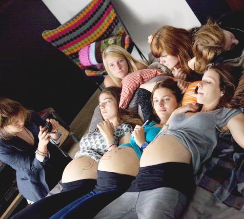 17 filles film francais adolescentes enceintes.jpg