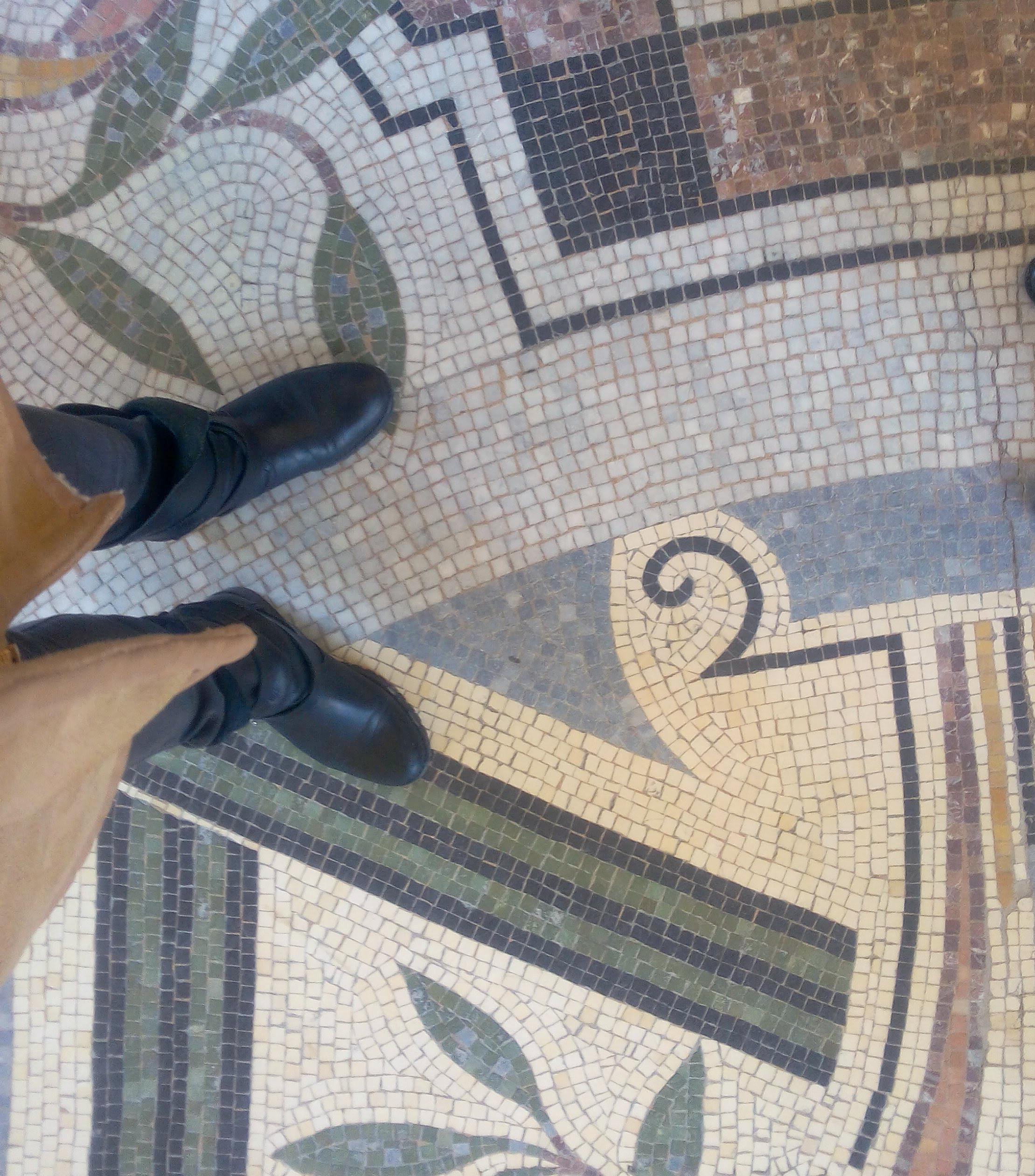 petit palais paris sol musee pieds blog.jpg
