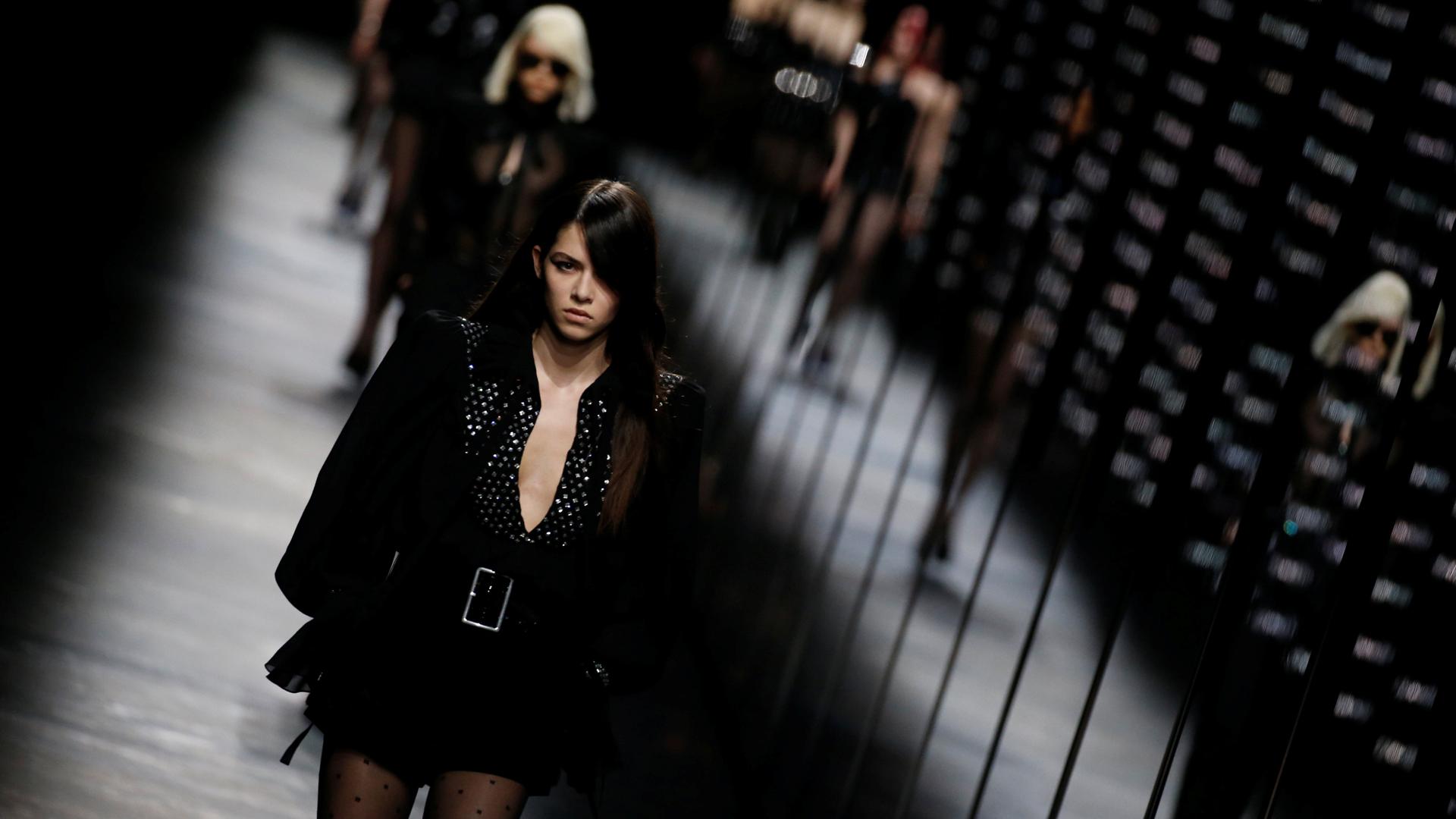 galeria-fashion-week-paris-2 Saint Laurent.jpg