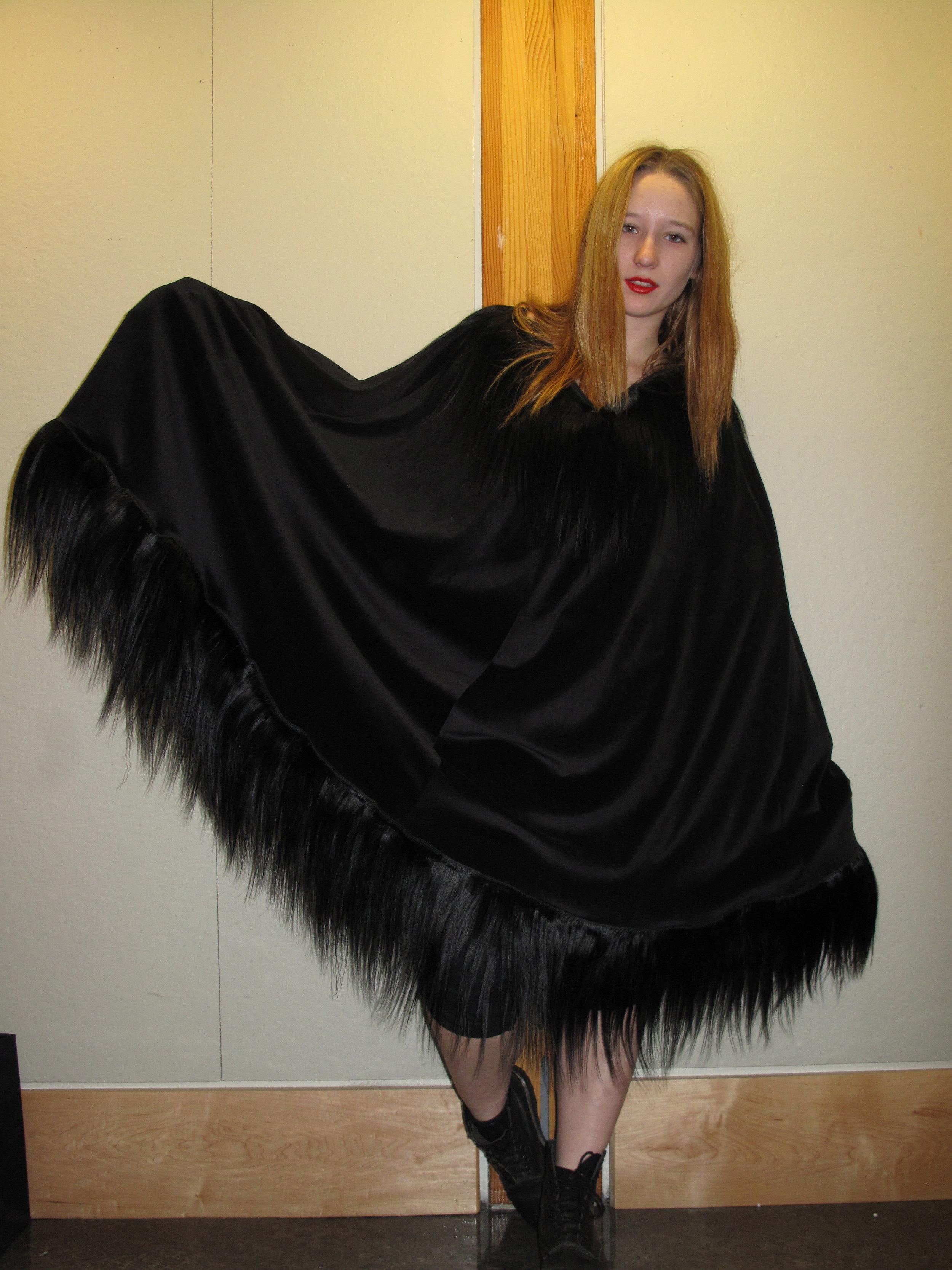 SeungHye-Hair Cloak.jpg