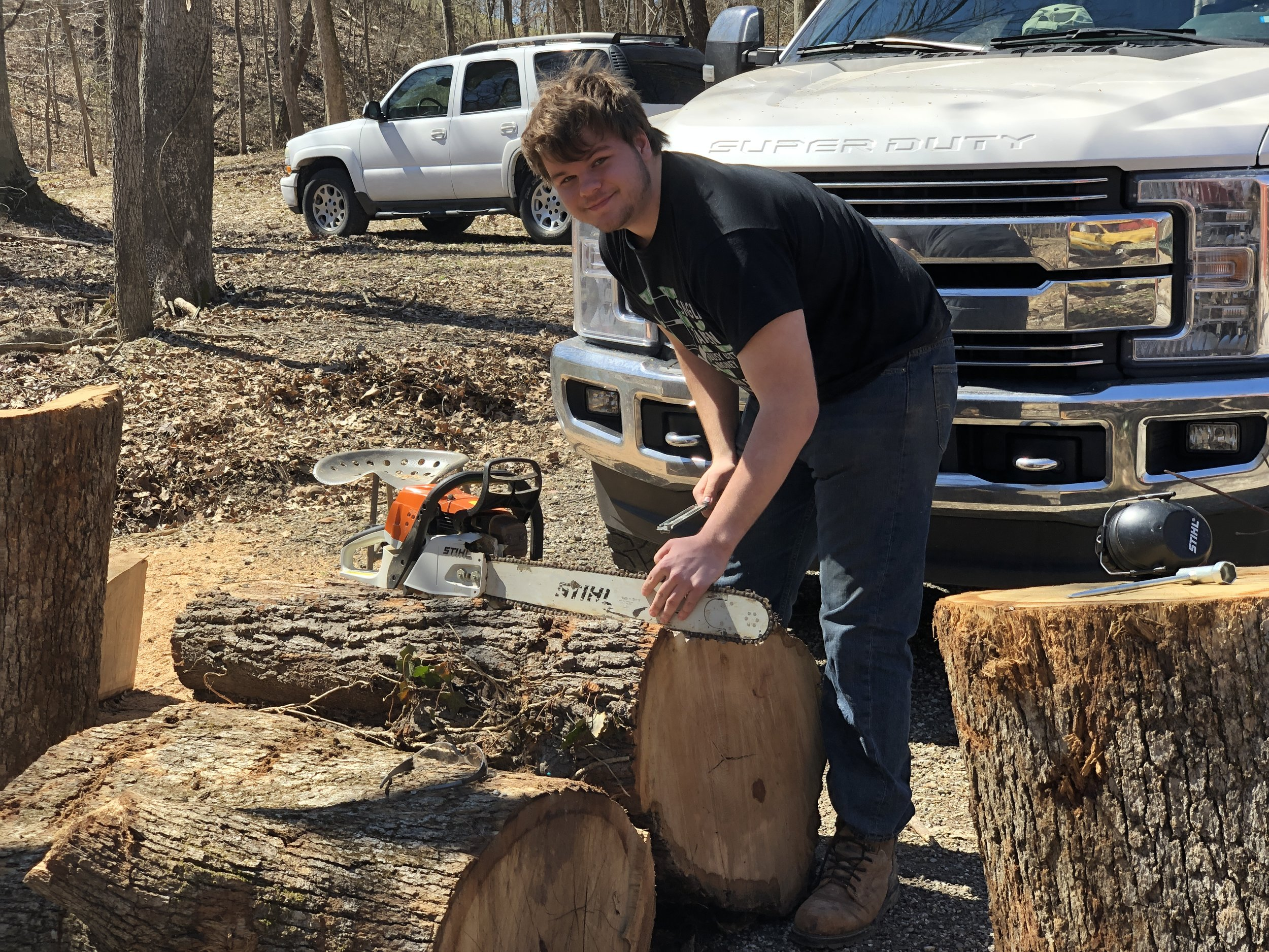 LC keeping the saws sharp (and looking kinda homeless ;-) )