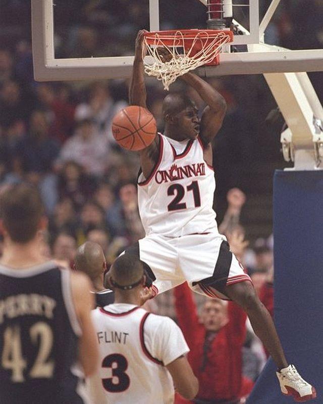 Semi-annual '90s (pre-Jordan) uniform appreciation post. [via Getty Images - bonus '96 Paul Pierce on slide 2]