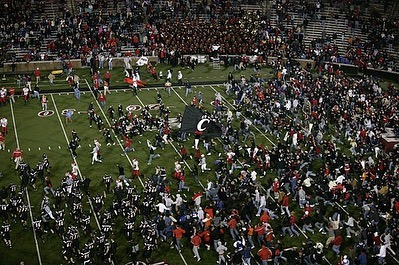 November 18, 2006 | Mark Dantonio and the Bearcats take down #7 Rutgers. [photos: gobearcats.com]