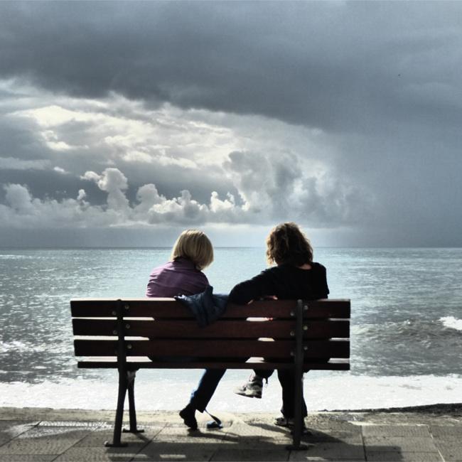 friends-bench.jpg