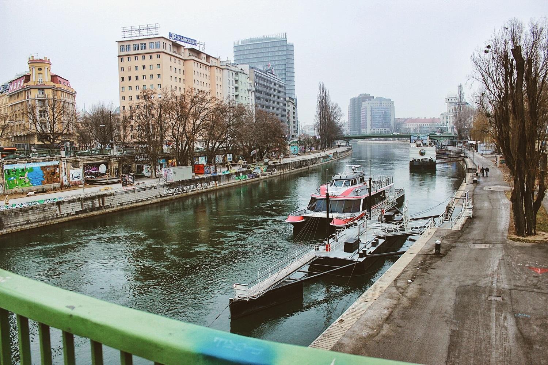 lifesthayle-vienna-danube-river.jpg