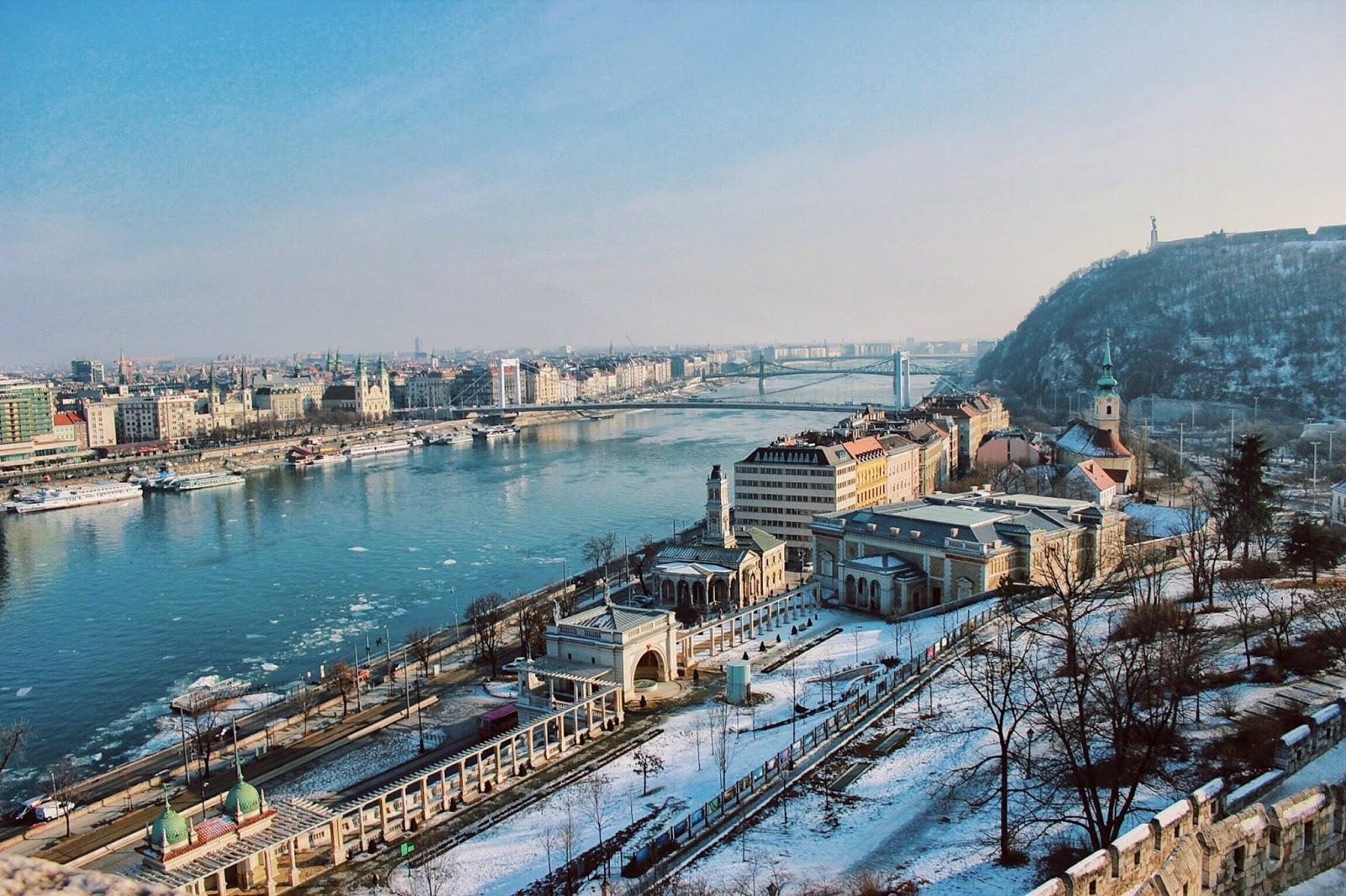 lifesthayle-budapest-buda-castle-city-view.jpg