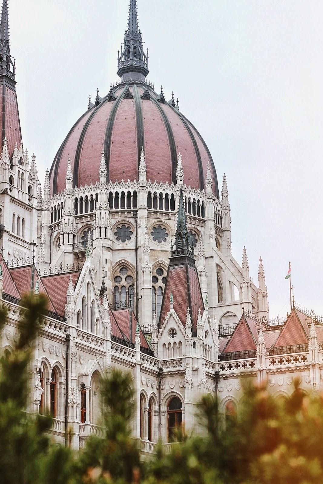 lifesthayle-budapest-parliament-details.JPG